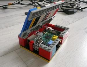 Lego-Raspberry-Pi-case